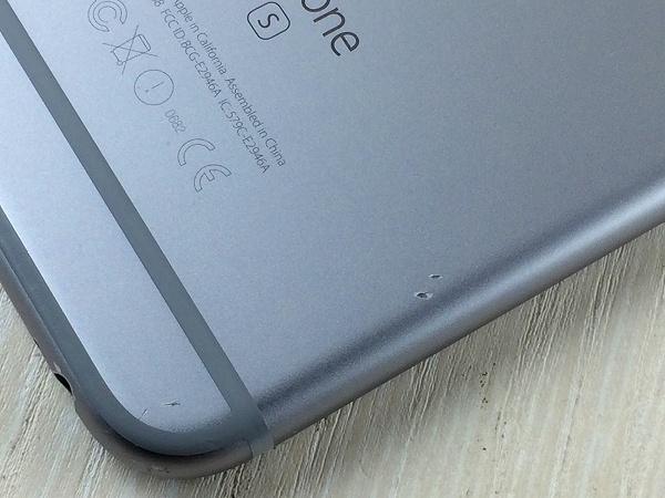 【中古】【安心保証】 docomo iPhone6s[128G] スペースグレイ