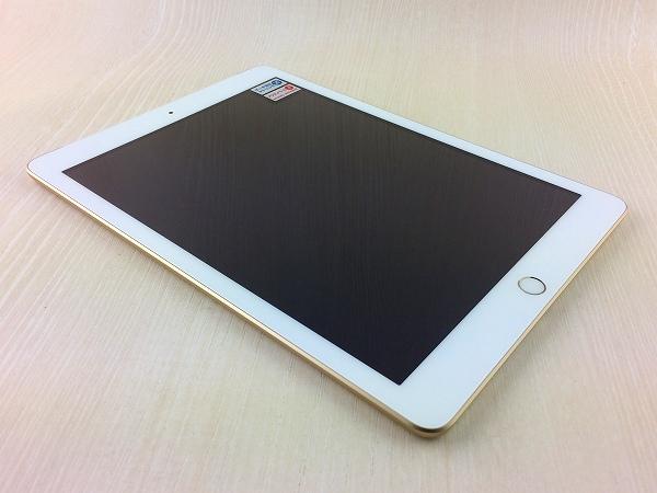【中古】【安心保証】 9.7iPad 5[128G] ゴールド