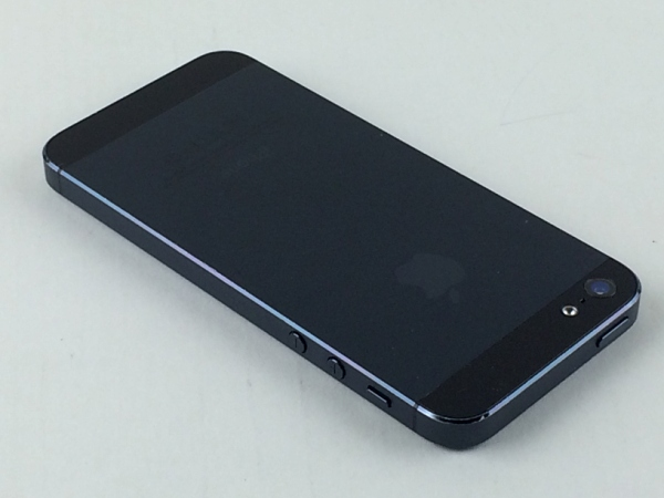 【中古】【安心保証】 SoftBank iPhone5[32G] ブラック&スレート