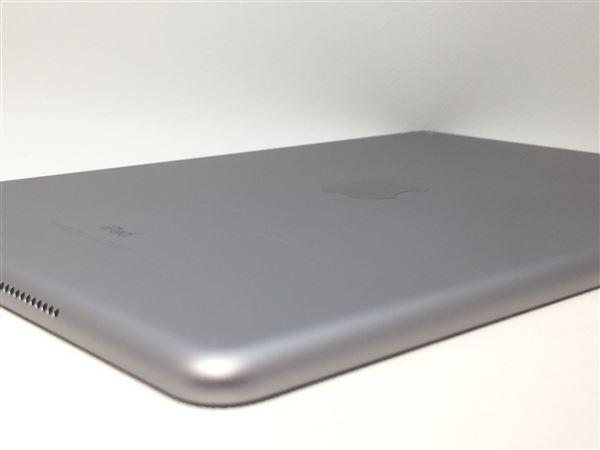 【中古】【安心保証】 9.7iPad_5[WiFi32G] グレイ