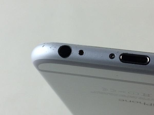 【中古】【安心保証】 docomo iPhone6[16G] シルバー