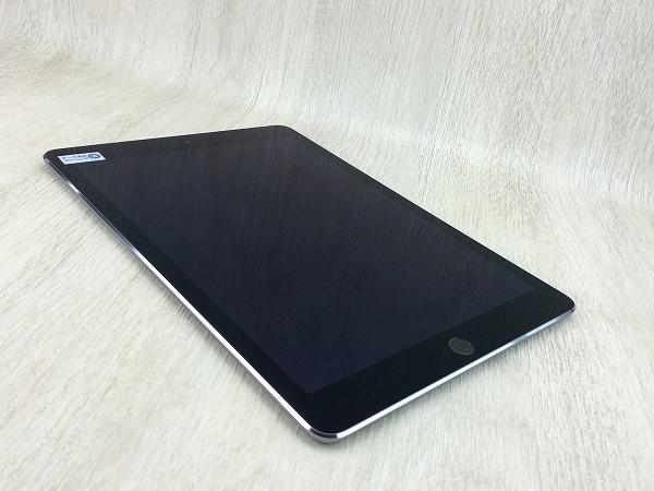 【中古】【安心保証】 au iPadAir 2[4G16G] グレイ
