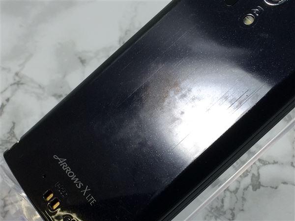 【中古】【安心保証】 docomo Fー05D ブルーブラック