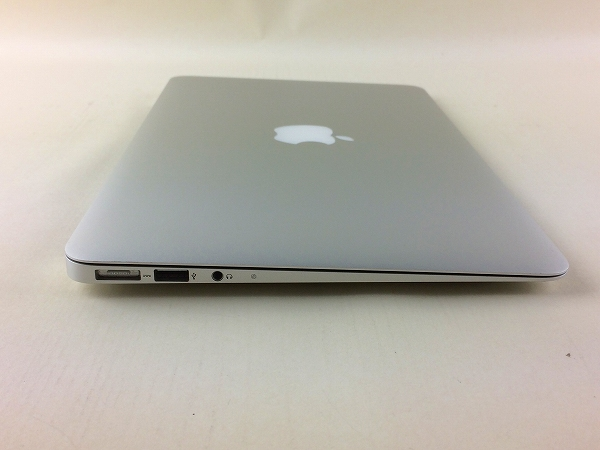 【中古】【安心保証】 アップル ノートPC MD224J/A
