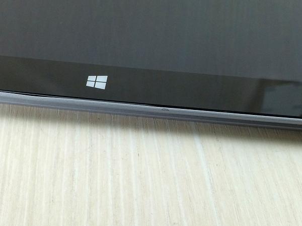 【中古】【安心保証】 マイクロソフト Surface 2 64GB P4W-00012
