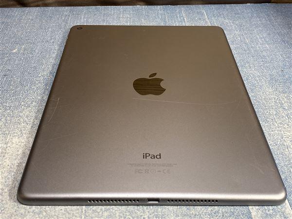 【中古】【安心保証】 iPadAir-9.7_2[WiFi128G] グレイ