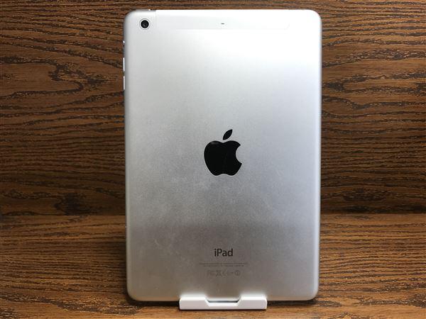 【中古】【安心保証】 docomo iPadmini-7.9_2[セルラー64G] シルバー