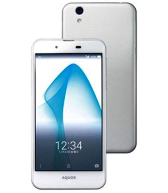 【中古】【安心保証】 UQモバイル AQUOS L SHV37 ホワイト