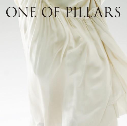 【中古】ONE OF PILLARS〜BEST OF CHIHIRO ONITSUKA 2000−2010〜(初回限定盤)/鬼束ちひろ